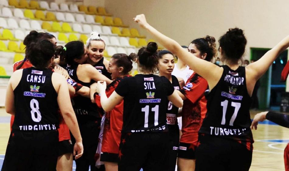 2021/05/1620573766_turgutlu_belediye_kadin_basketbol_final_grubunda_7.jpg