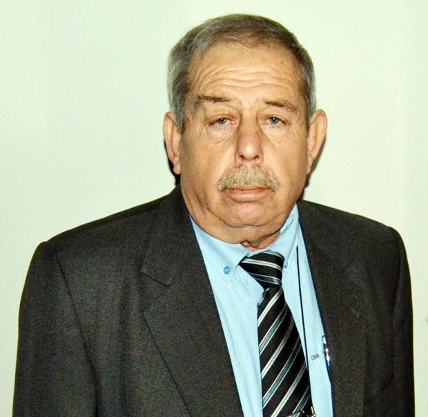 İki liste gidilen seçimde 279 oy alan <b>Hasan Yaman</b> ve <b>...</b> - 9616230