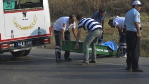 Yol kenarına atılmış ceset bulundu