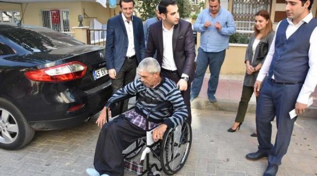 Darp edilen engelliye yeni tekerlekli sandalye