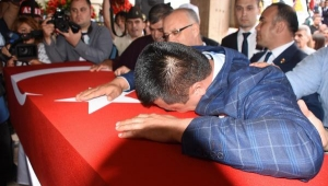 Salihli'de şehit uzman çavuş Gür'ü 8 bin kişi uğurladı