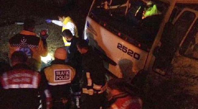 Devrilen kamyonun şoförünün ölümünde kalp krizi şüphesi