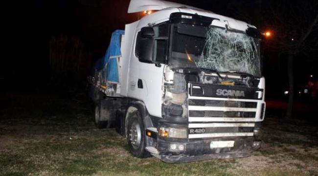 Salihli'de zincirleme kaza: 10 yaralı
