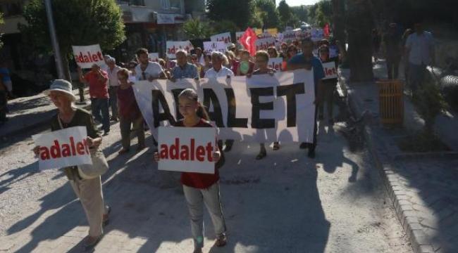 CHP Akhisar'dan 'Adalet' yürüyüşü