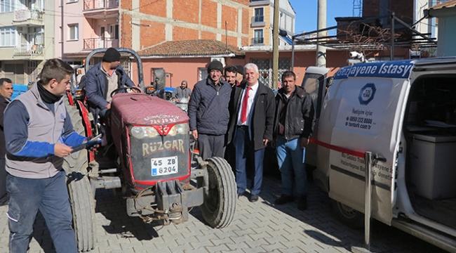 Muhtar Nişli TÜVTÜRK gezici aracını çiftçilerin ayağına getirtti