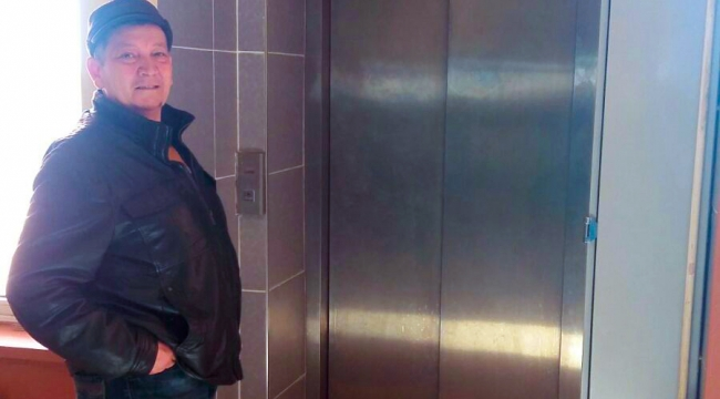 Engelli vatandaşa asansör engeli
