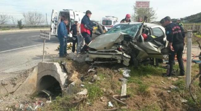 Ahmetli ve Salihli'de kazalar: 1'i ağır 4 yaralı