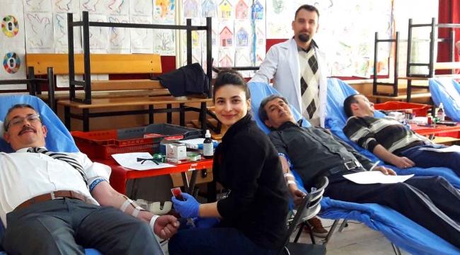 Avşar Mahallesi'nden Afrin'e kan bağışı etkinliği