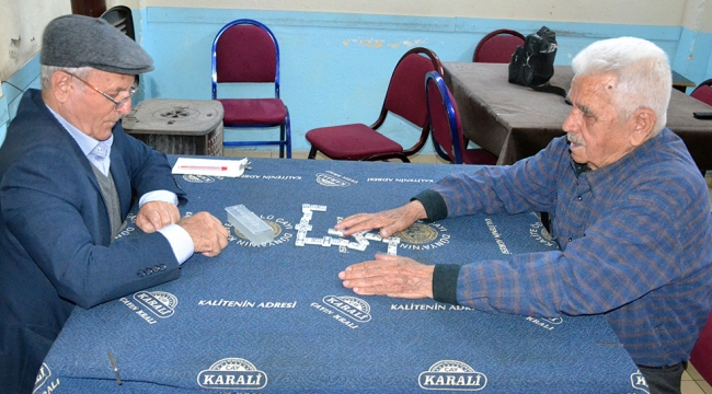 91 yaşındaki dominocular kralı rakip arıyor