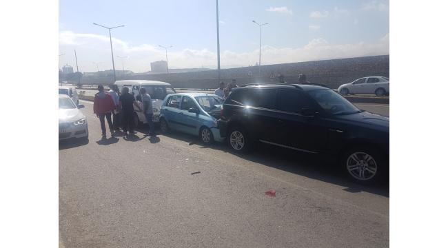 3 aracın karıştığı kazada 6 yaralı