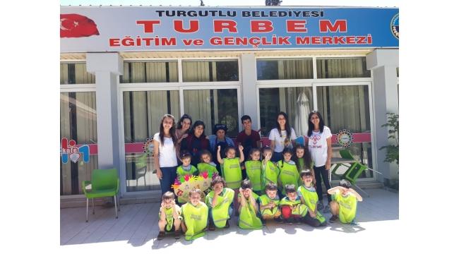 Sevgi Pınarım'lı miniklerden özel öğrencilere destek