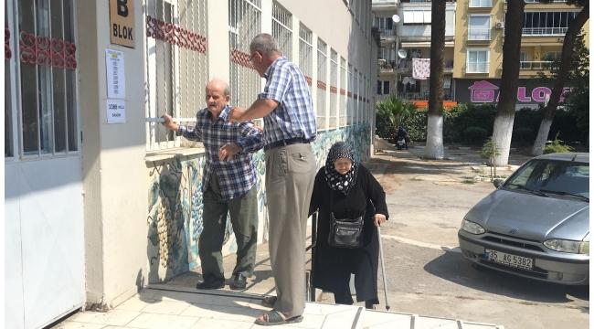 Turgutlu'da seçim manzaraları VİDEO