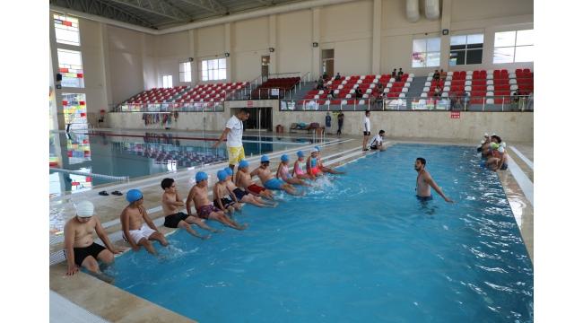 'Hedef spor kenti Turgutlu'da yüzme takımı kurmak'