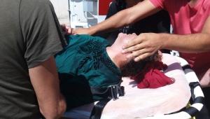 İtfaiyecinin kurtardığı şahıs hastaneye kaldırıldı