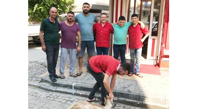 Kasap Osman Turgutlulu güreşçileri Kırkpınar'a uğurladı