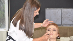 Kadınlara profesyonel makyaj ve cilt bakımı yapma imkanı!