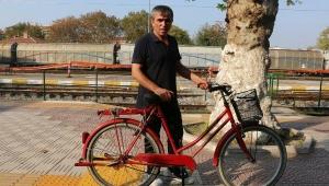 Bisikletle kaldırımdan giden sürücüye 235 lira ceza