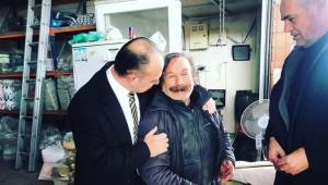 CHP'nin adayı Akın esnaf arasında