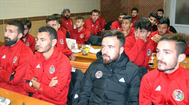 Başkan Sezer'den Turgutluspor'a moral yemeği