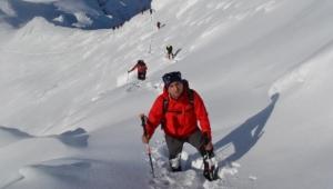 Olymposlu dağcılardan Bozdağ zirve tırmanışı