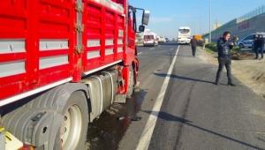TIR yolcu otobüsüne çarptı: 4 yaralı