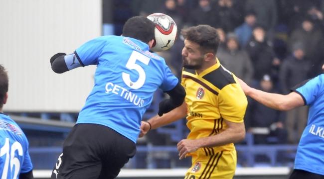 Turgutluspor Karacabey'e boyun eğdi: 2-0