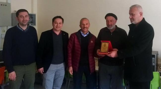 Hayırsever kardeşlerden Şadi Turgutlu Ortaokulu'na eğitim desteği