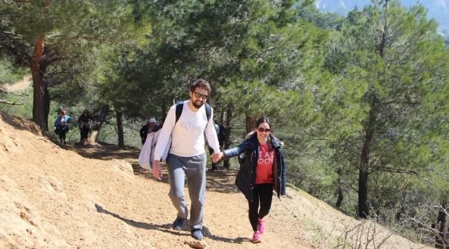 Olympos dağcıları ile Kurşunlu Kaplıcaları parkuru