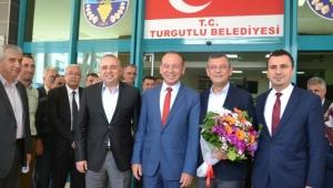 CHP'li Özel: 'Turgutlu'muz önceki dönemlerde görmediği huzura kavuşacak'