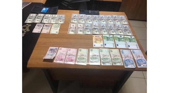 FETÖ'nün hücre evine operasyonda 1 tutuklama 2 gözaltı
