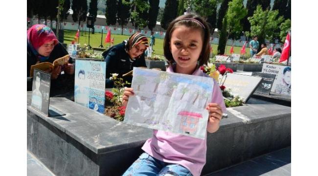 Soma faciasının 5'inci yıl dönümünde, ölen madencilere hüzünlü anma