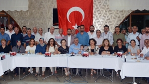 İYİ Parti Turgutlu yeni yönetimi tanıtıldı