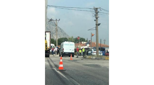 Kavşakta trafik kazası bir ölü