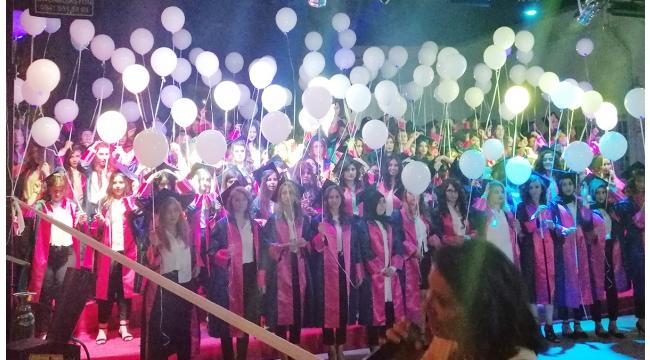 Zübeyde Hanım MTAL'demezuniyet kutlamaları coşkuyla yapıldı