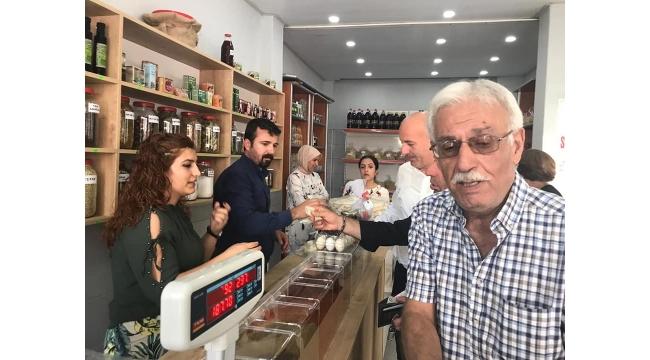 Musay Baharat ve Bakliyat Turgutlu'da açıldı