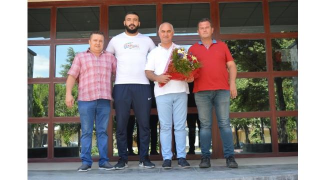 Turgutlu'nun gururu Saltık'tan Ticaret Borsasına ziyaret