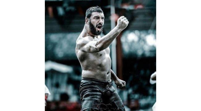 Turgutlulu güreşçi Saltık başpehlivanlık boyuna erişti