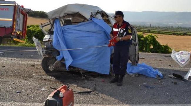 Zincirleme kaza 6 ölü, 22yaralı; Sürücülerin kimliği de belli oldu