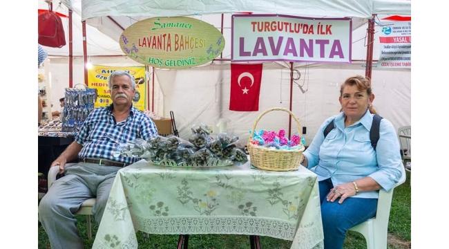 'Lavanta Kokulu Sergi'ye vatandaşlar ilgi gösterdi