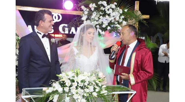 Serhat Seyhan ile Melin Yayıntaş evlendi