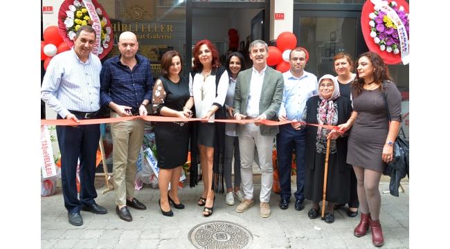 Sihirli Eller Hobi ve Sanat Galerisi açıldı