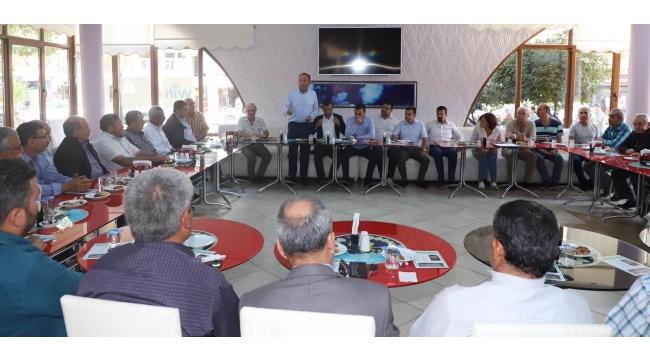 Turgutlu'da muhtarlarla 'çevre ve hukuk' toplantısı