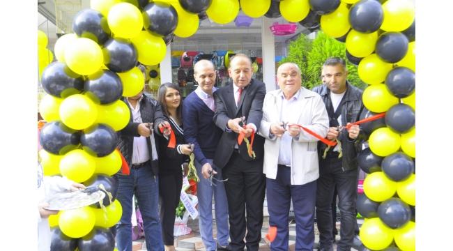 Akgün Pet Market 2.şubesini hizmete açtı
