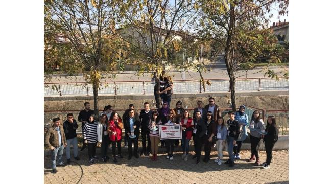 Azerbaycanlı misafirlerden Turgutlu'da gönüllülük çalışması
