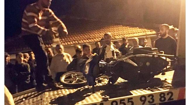 Kamyonete çarpan motosiklet sürücüsü yaralandı