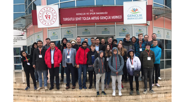 Avrupalı misafirler Turgutlu'da 'Deneyap Atölyesi'ne hayran kaldı