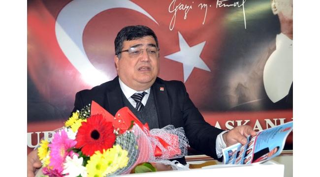 CHP'de Hüseyin Oğuz adaylığını duyurdu