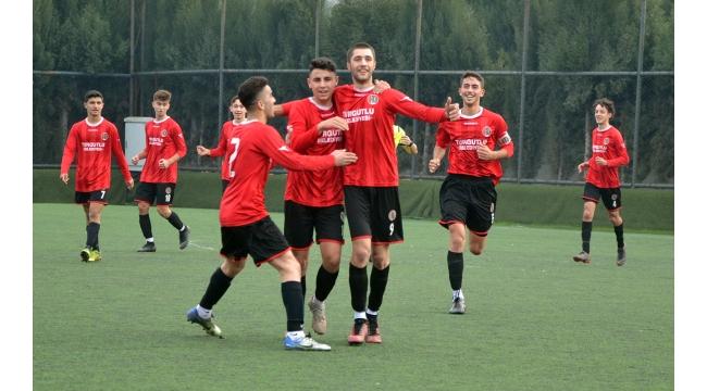 Turgutluspor U17 ve U19 takımlarından çifte Bodrum zaferi