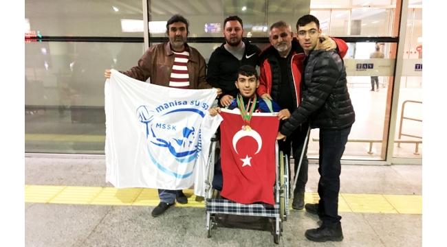 Engelli Yüzücülerimiz Belarus'u Salladı