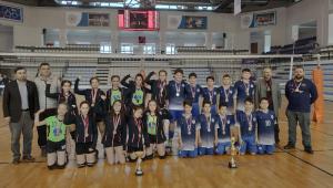 Şadi Turgutlu Orta Okulundan Çifte Şampiyonluk